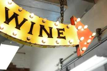 boxcar-wine-sign