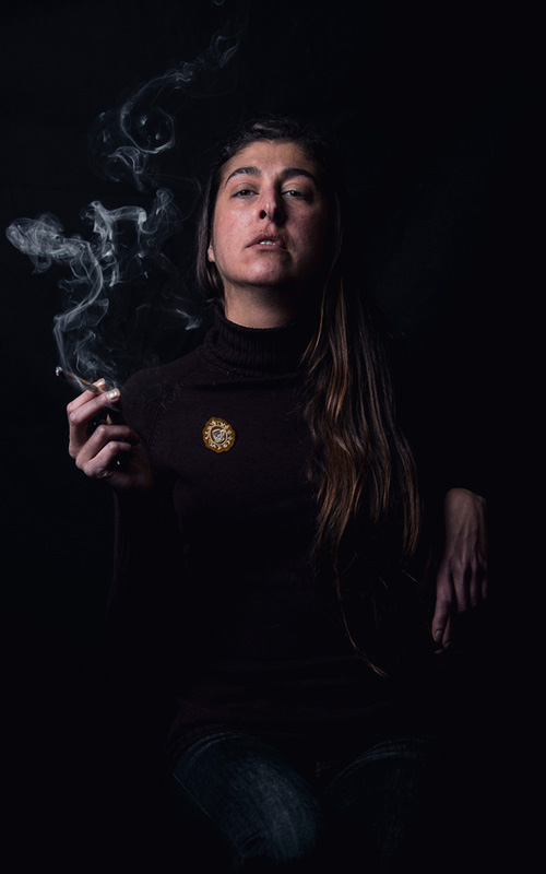 pietro-milici-cannabis-smoker-woman-spanish